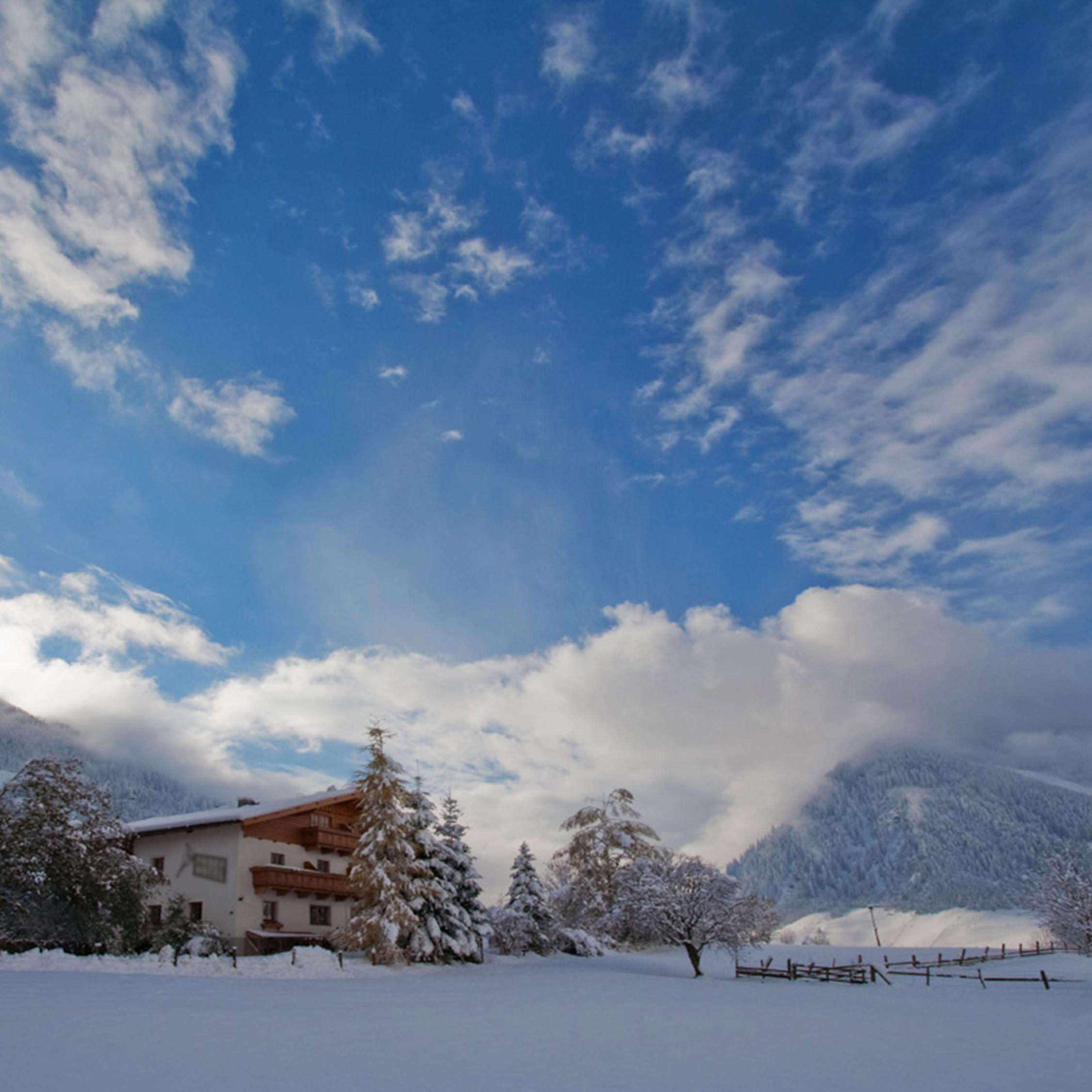 _Berghut met Proefhotellogo winter